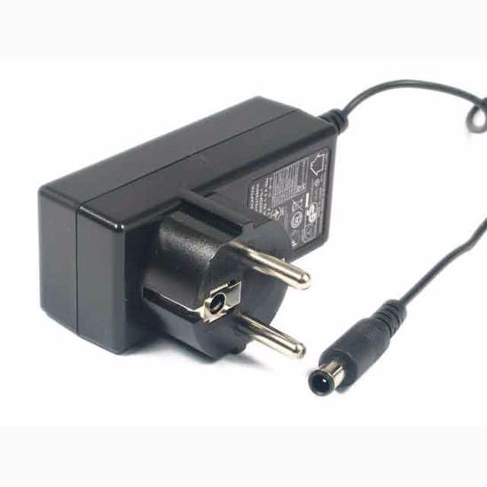 محول LG FOR MINI LAPTOP 19V 1.3A - مستعمل, Laptop Charger