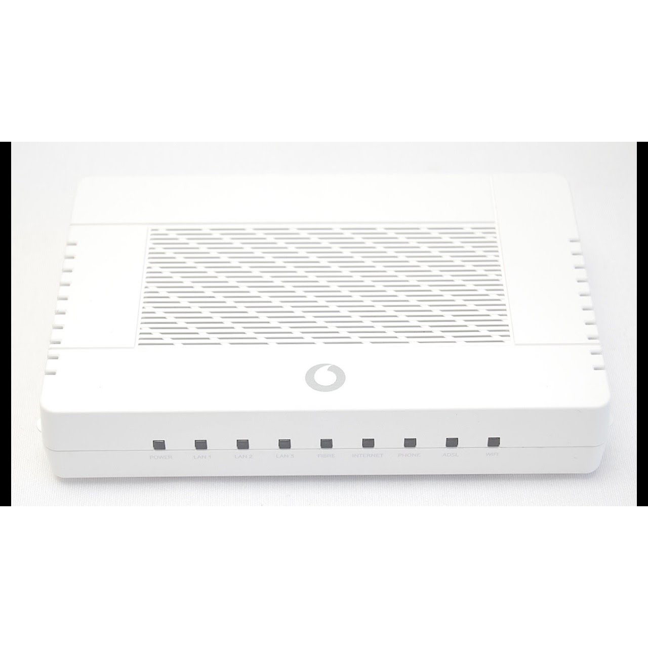 ADSL2 + MODEM+ROUTER+4PORTS+1 ACCESSPOINT WIRELESS-N 300N VODAFONE BRA14NR  2 INTERNAL ANTENNA ,ADSL Routers